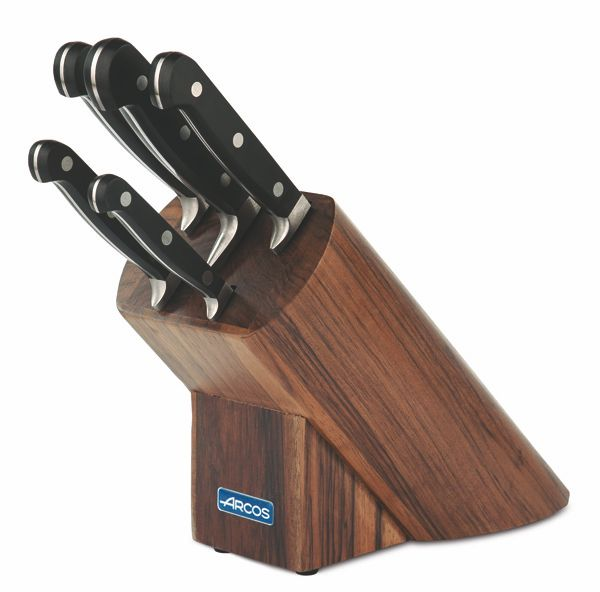 Ножи Аркос в деревяной подставке